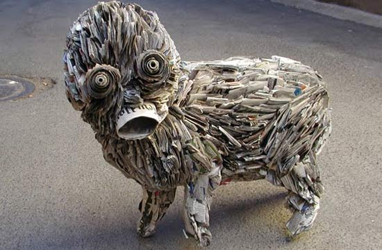 weird-newspaper-sculpture