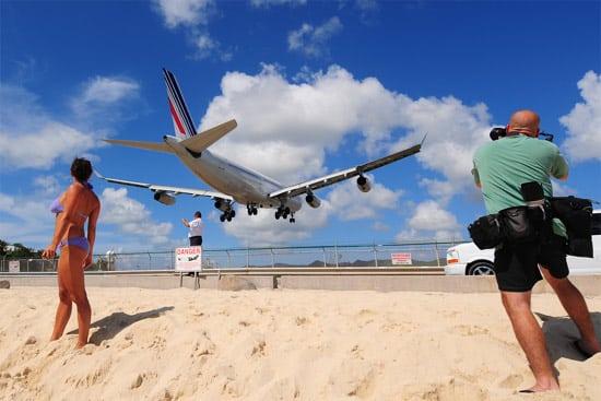 airplane-beach