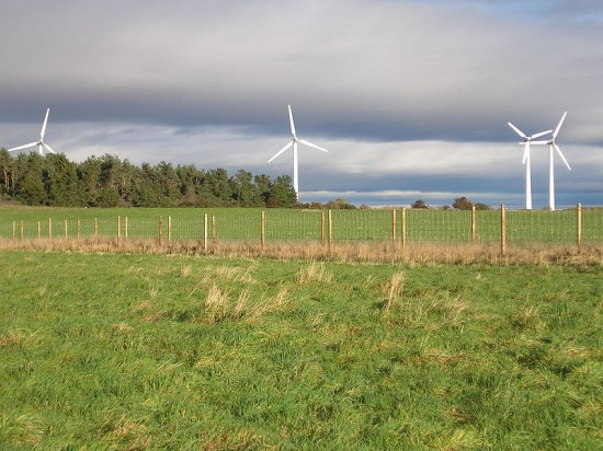 1_Findhorn_wind_turbines