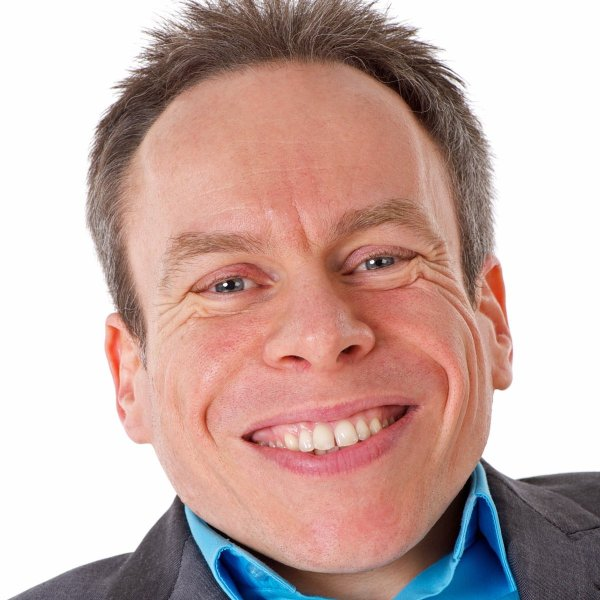 Warwick Davis is one of 7 under-sized celebrities