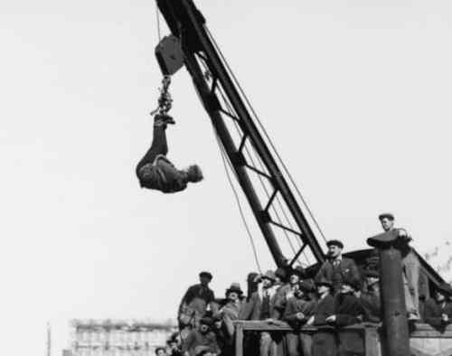 Harry Houdini Performance