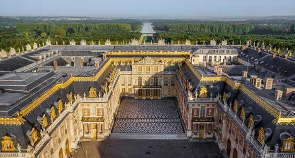 Most Stunning Royal Palaces