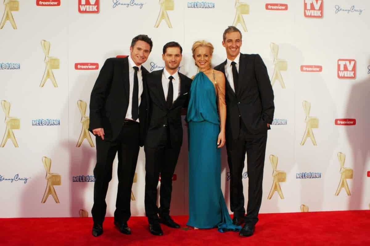 stars attend a gala award on tv