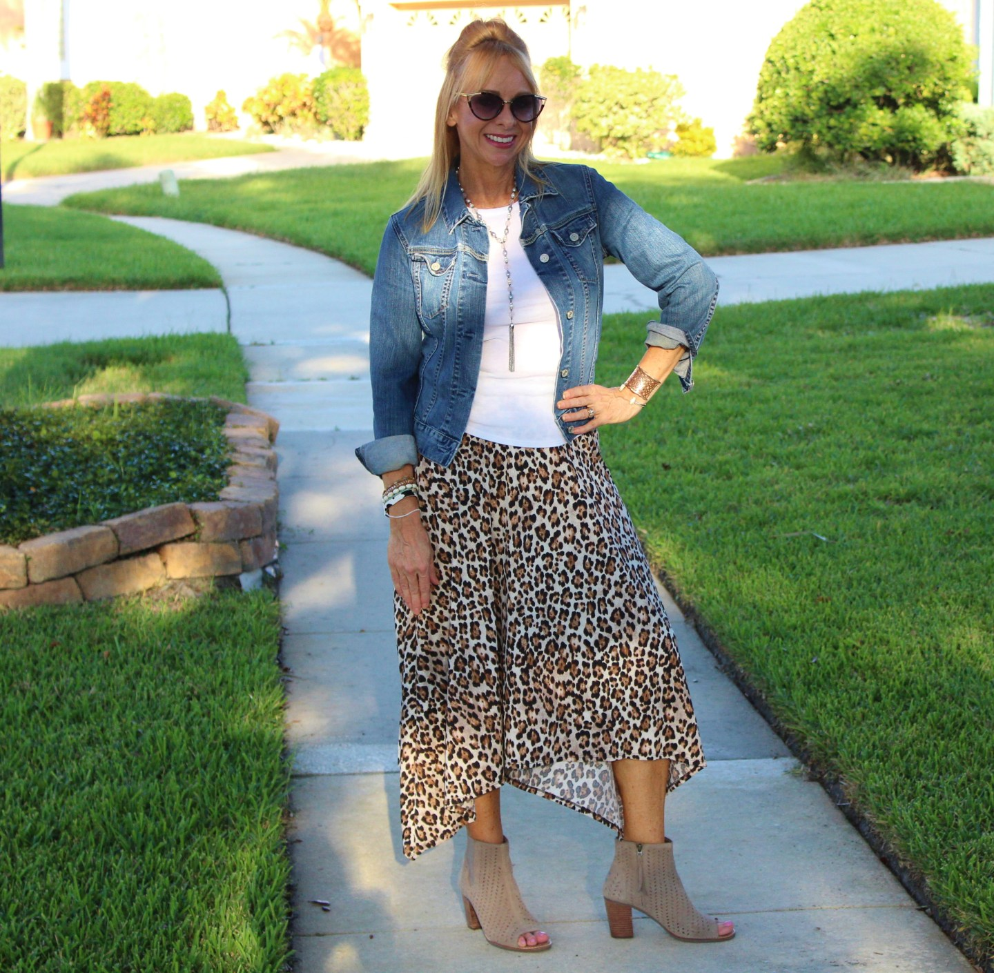 Leopard skirt + Denim Jacket
