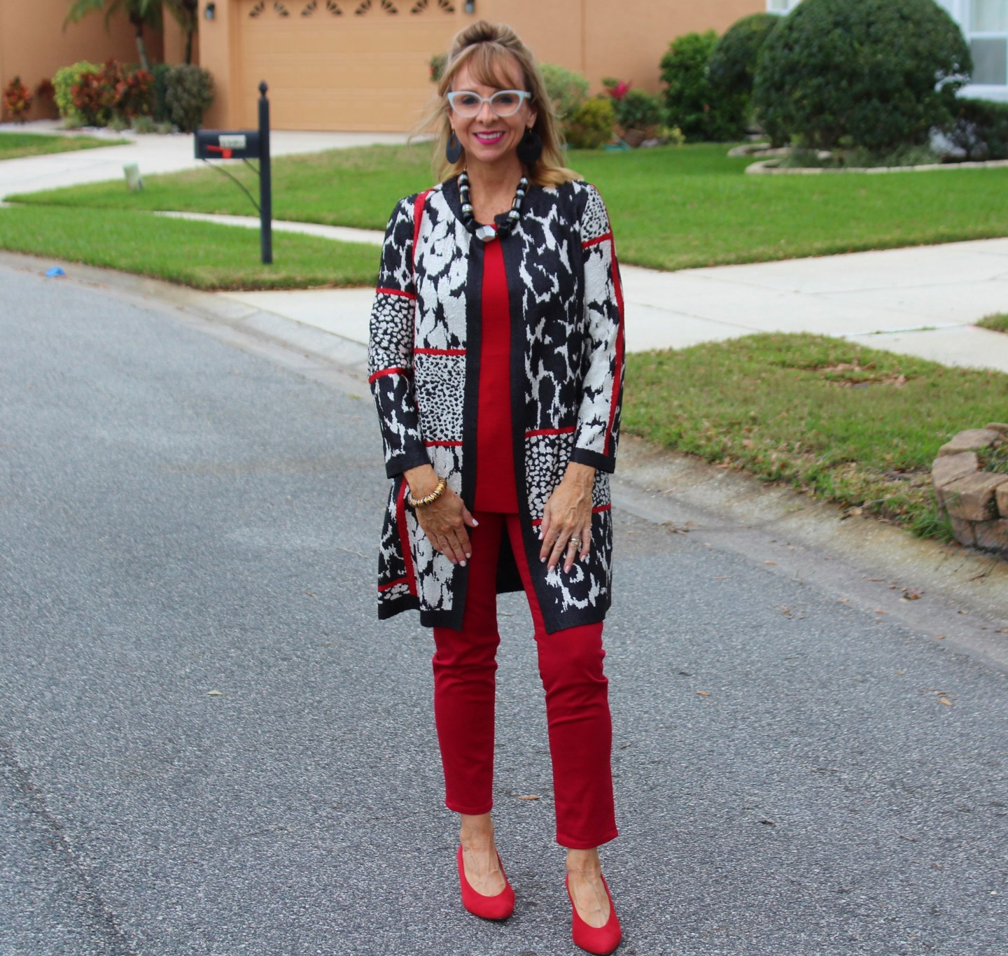 Chicos Reversible Jacket + Red Jeans+ Red Pumps