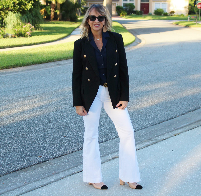 Black Blazer + White Trousers #falloutfitideas #workwear