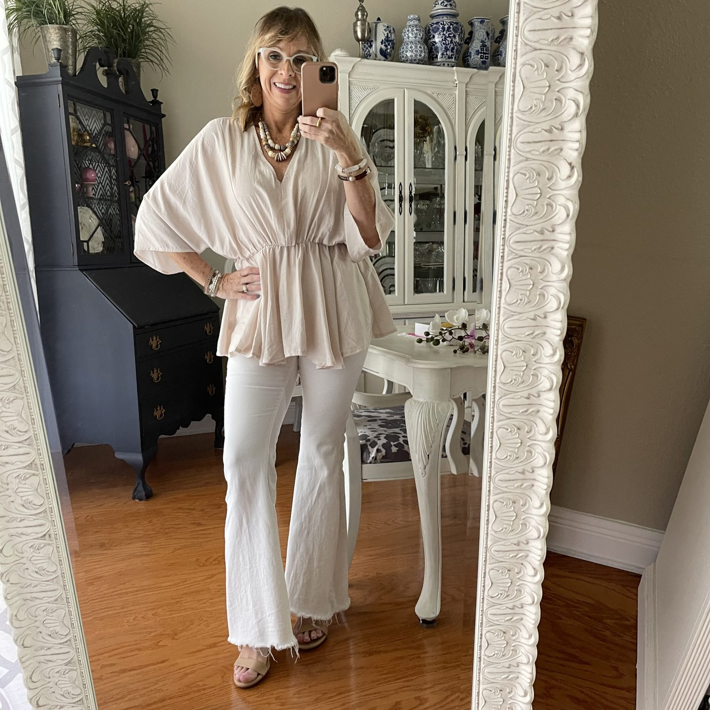 Off White Flare Leg Pants + Kimono Blouse #falloutfitideas