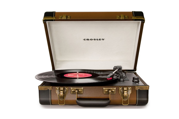 crosley-brown-turntable