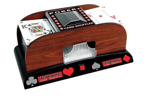 poker-wooden
