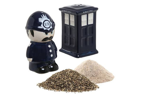 police officer gifts ideas salt and pepper shaker set