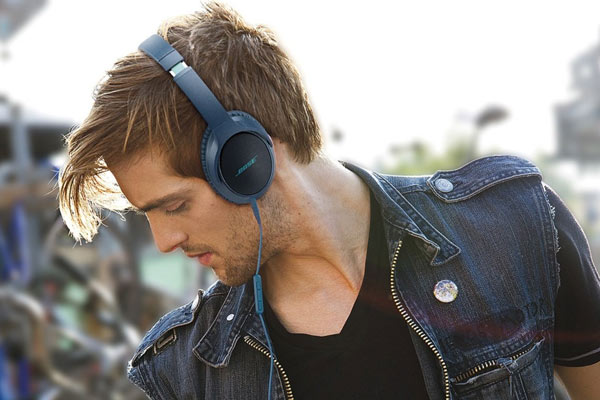 gifts to get your boyfriend for christmas bose headphones