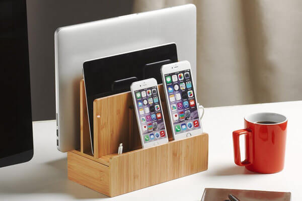 small presents for guys charging dock