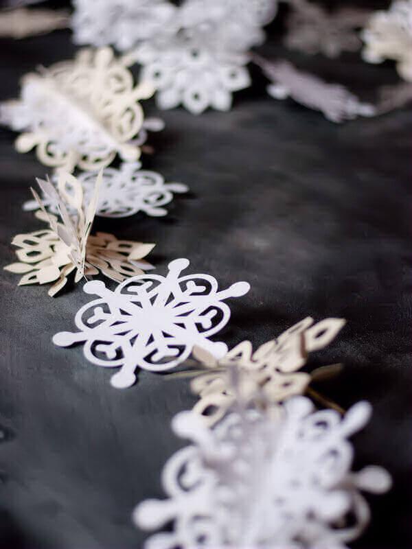 Paper Snowflake Garland 2