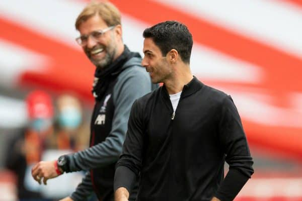 LONDON, ENGLAND - Tuesday, July 14, 2020: Arsenal's manager Mikel Arteta (R) and Liverpool's manager Jürgen Klopp chat before the FA Premier League match between Arsenal FC and Liverpool FC at the Emirates Stadium. The game was played behind closed doors due to the UK government's social distancing laws during the Coronavirus COVID-19 Pandemic. (Pic by David Rawcliffe/Propaganda)
