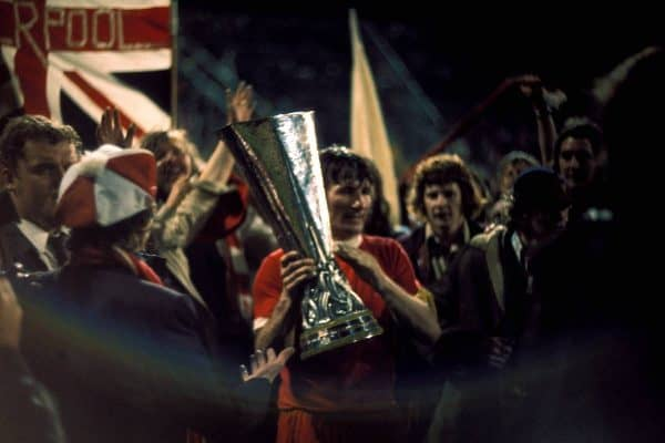 Tommy Smith with UEFA Cup trophy, 1973 (via www.imago-images.de/Imago/PA Images)