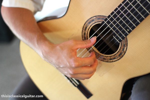 Right Hand Position (Arch) - Classical Guitar