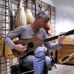 Rolf Lislevand  on Baroque Guitar