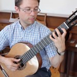 how to practice scales on classical guitar