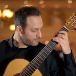 Tariq Harb Plays Edín Solís, Guitar