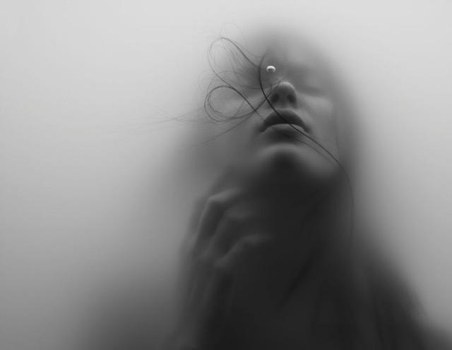 Underwater Portraits by Hana Al Sayed portraits photography