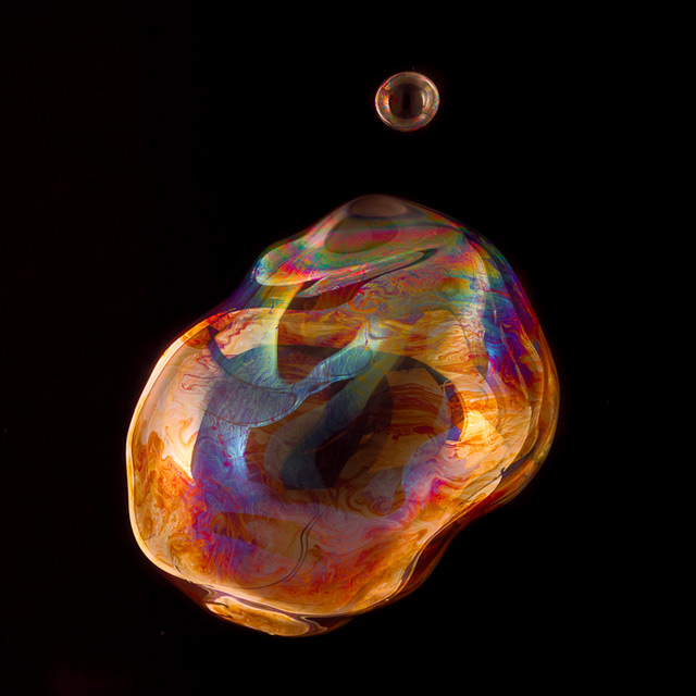 Enormous Bubbles Photographed by Bjoern Ewers photography bubbles