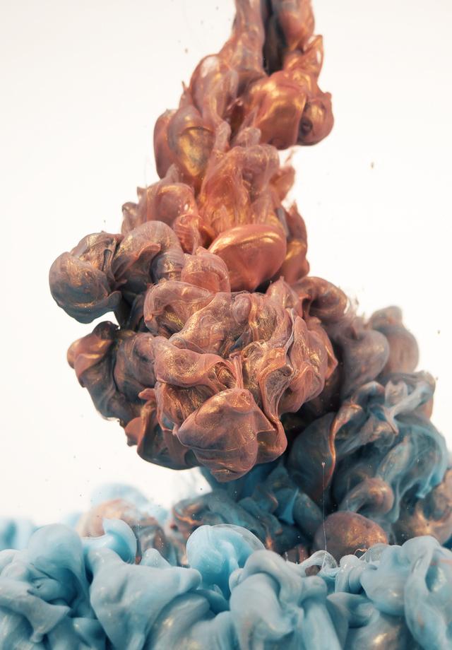 Glittering Metallic Ink Clouds Photographed by Albert Seveso water ink