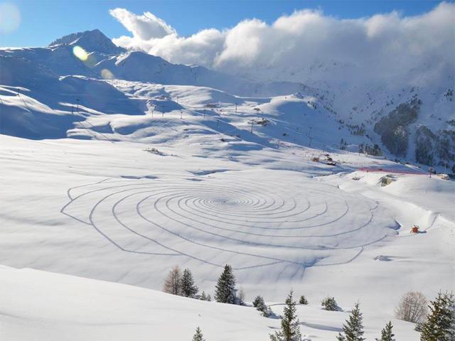 New Trampled Snow Art from Simon Beck snow land art geometric