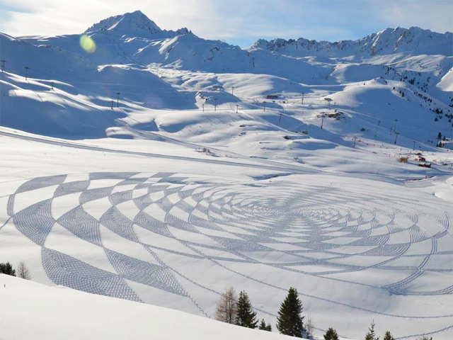 New Trampled Snow Art from Simon Beck snow land art geometric