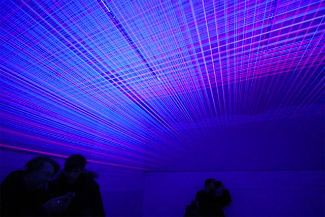 Three Dimensional UV Thread Installations by Jeongmoon Choi thread light installation