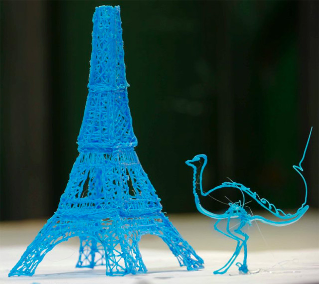 The Worlds First 3D Printing Pen that Lets you Draw Sculptures