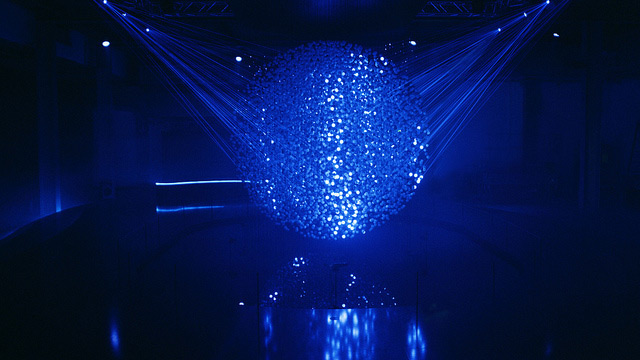 FLUIDIC   A Sculpture in Motion: An Interactive Field of 12,000 Spheres Illuminated by Lasers multiples light interactive