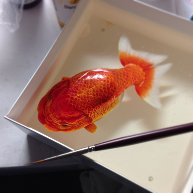 Alive Without Breath: Three Dimensional Animals Painted in Layers of Resin by Keng Lye  sculpture resin paint fish animals