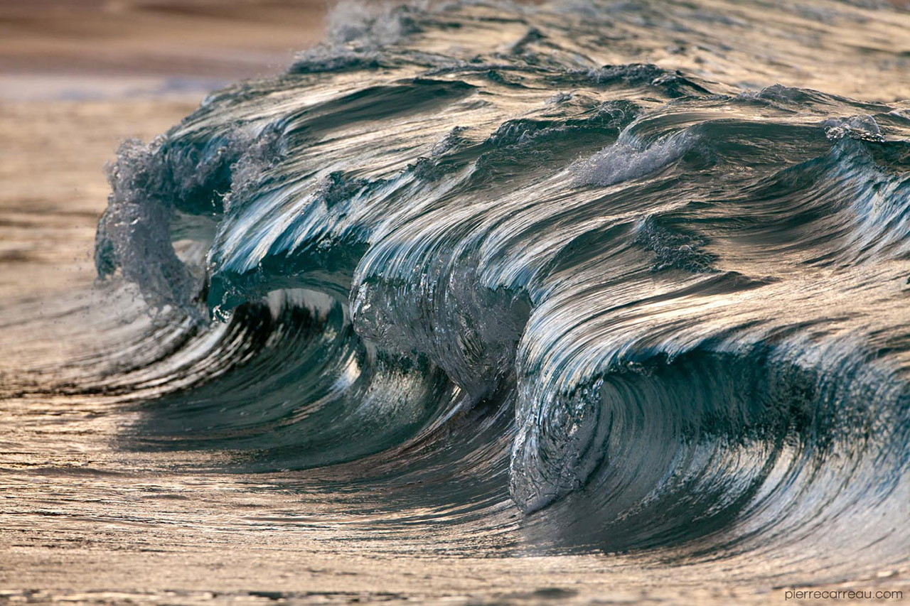 Powerful Waves Photographed by Pierre Carreau
