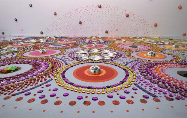 Kaleidoscopic Floor Installations Made of Mirrors, Crystals and Glass by Suzan Drummen multiples installation
