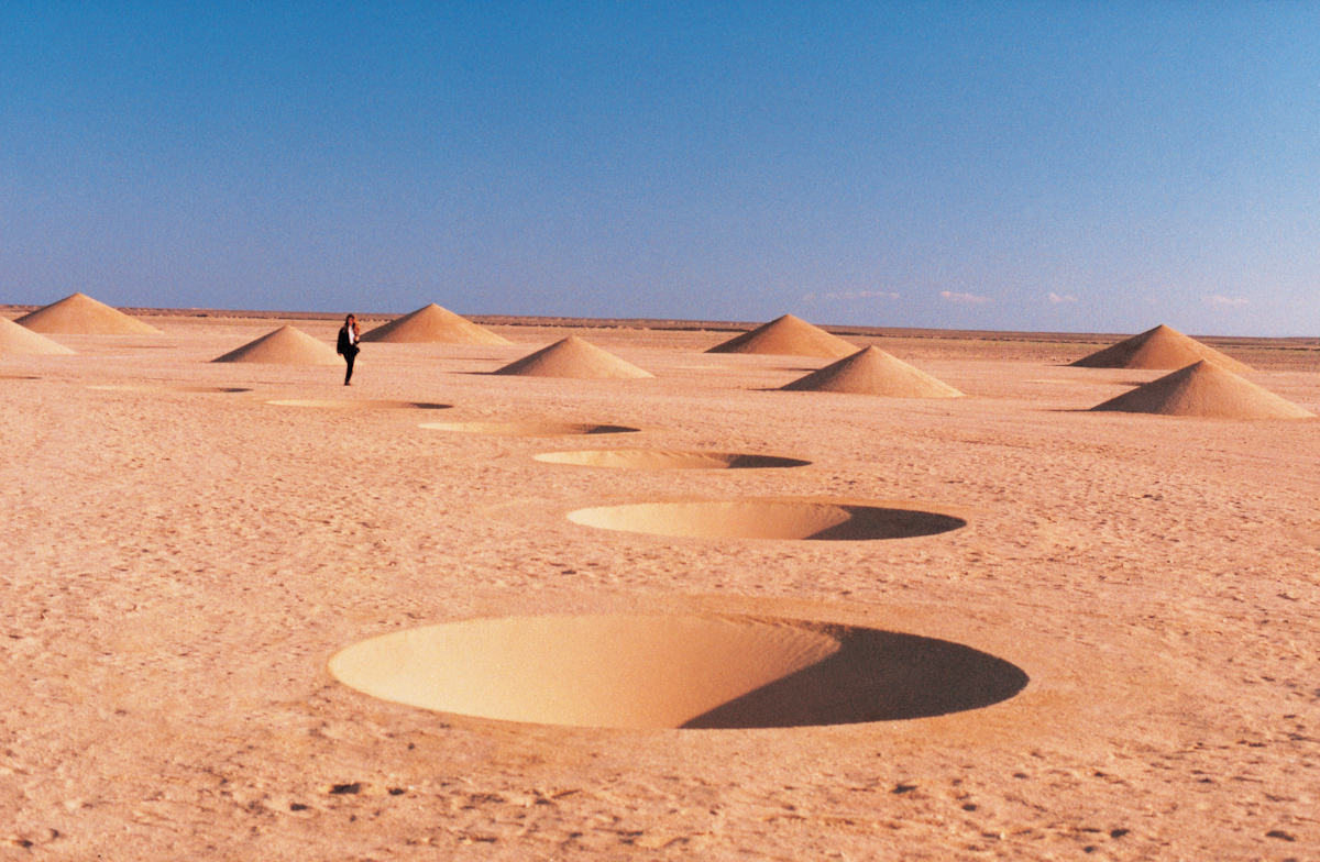 Desert Breath: A Monumental Land Art Installation in the Sahara Desert sand land art geometric Egypt deserts