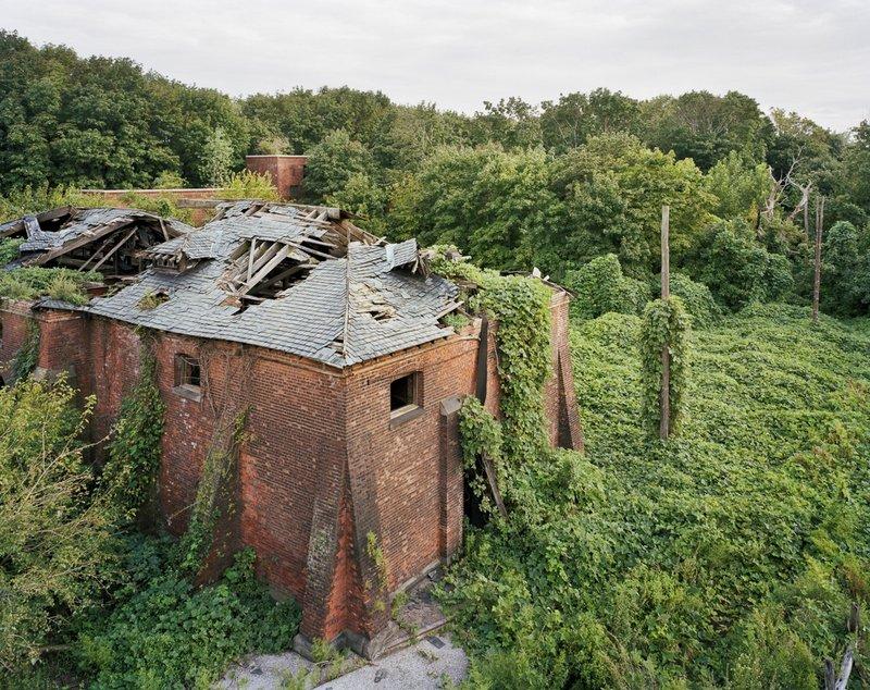 Coalhouse da Morgue Tetto, North Brother Island, New York