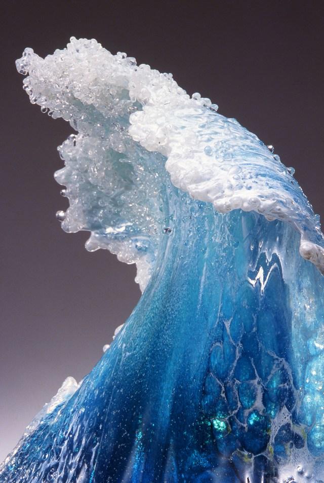 wave-detail