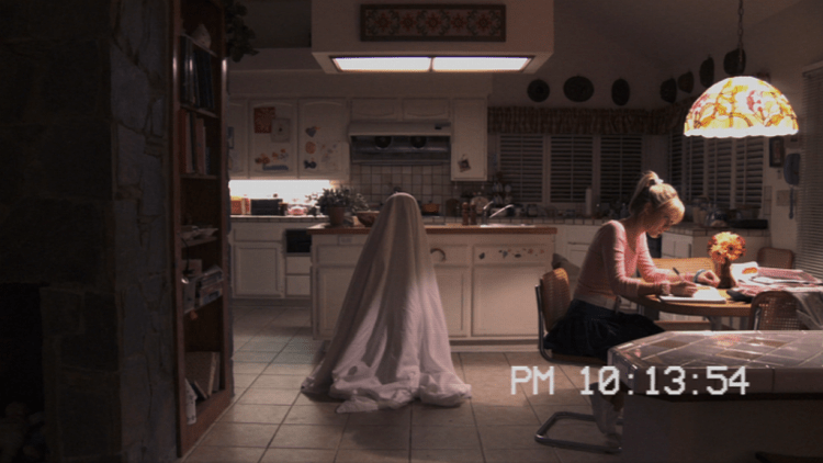movie-paranormal-activity-3-01-e1398110210204