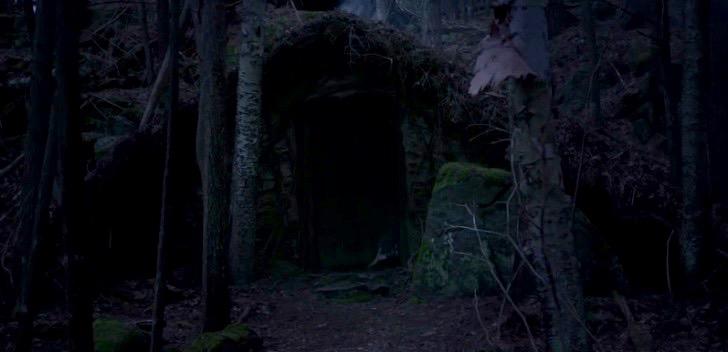 the-witch-door-foot (1)