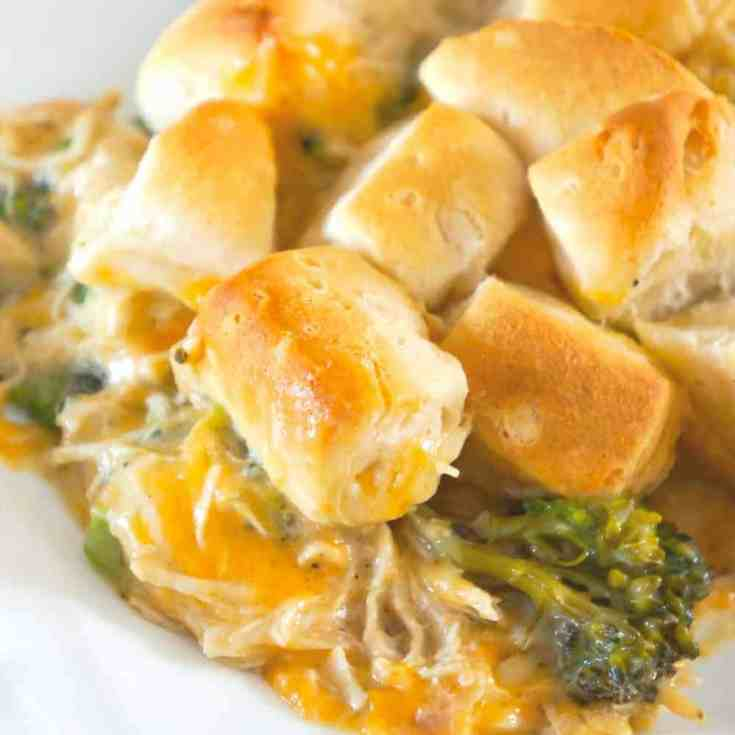 Chicken Casserole with Broccoli and Biscuits is an easy chicken dinner recipe using shredded chicken and Pillsbury biscuits. These creamy chicken casserole is loaded with broccoli and cheddar cheese.