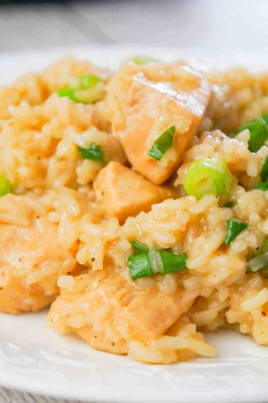 Instant Pot Honey Garlic Chicken and Rice is an easy pressure cooker rice dish loaded with chunks of chicken breast and a delicious sweet and savoury honey garlic sauce.
