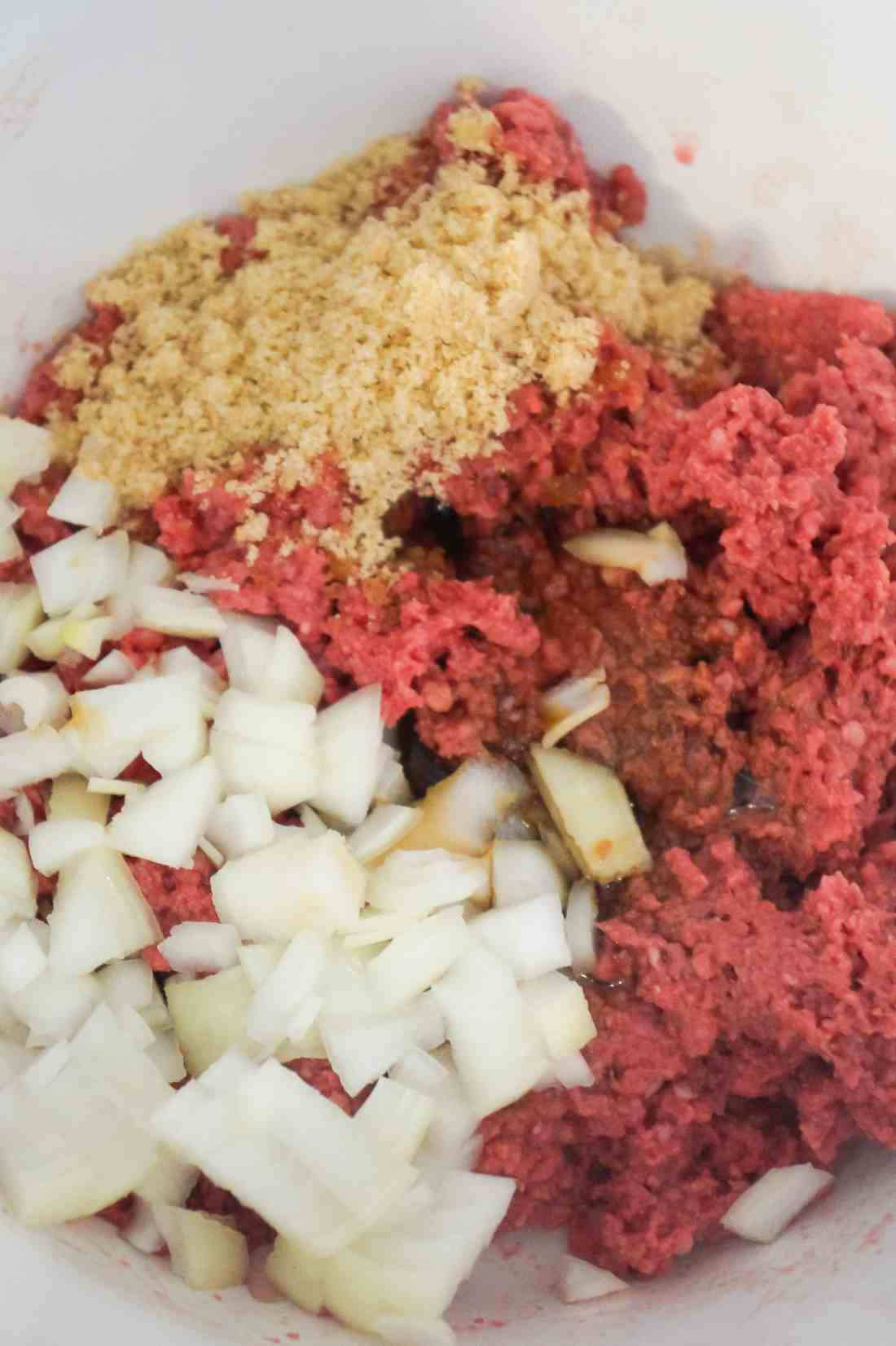 Ground beef for meatloaf