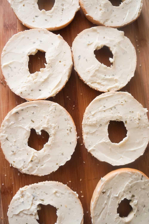 sliced bagels with garlic margarine