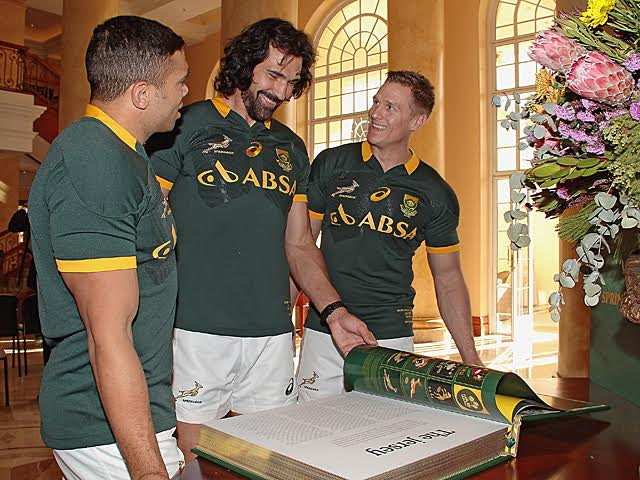 CAPE TOWN, SOUTH AFRICA - JULY 10: during the South African National rugby team press conference and team photograph at Cullinan Hotel on July 10, 2015 in Cape Town, South Africa. (Photo by Grant Pitcher/Gallo Images)