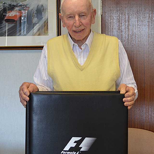 f1-surtees-signature
