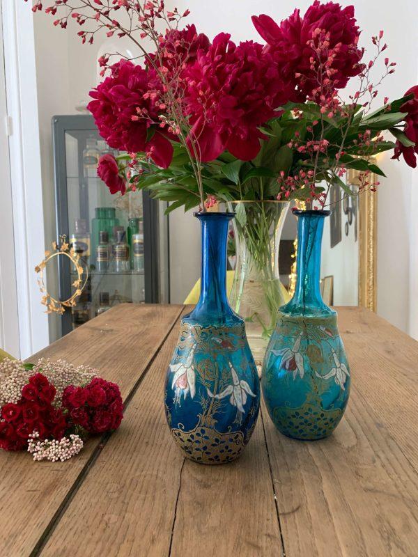 paire d'ancien vase soliflore en verre bleu émail epoque art nouveau