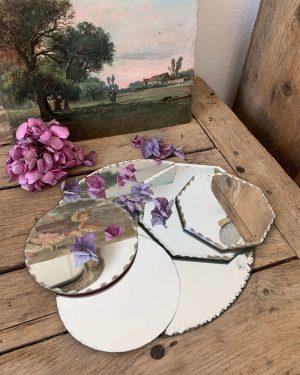 ancien miroir biseauté et ciselé plateaux des années 50 60