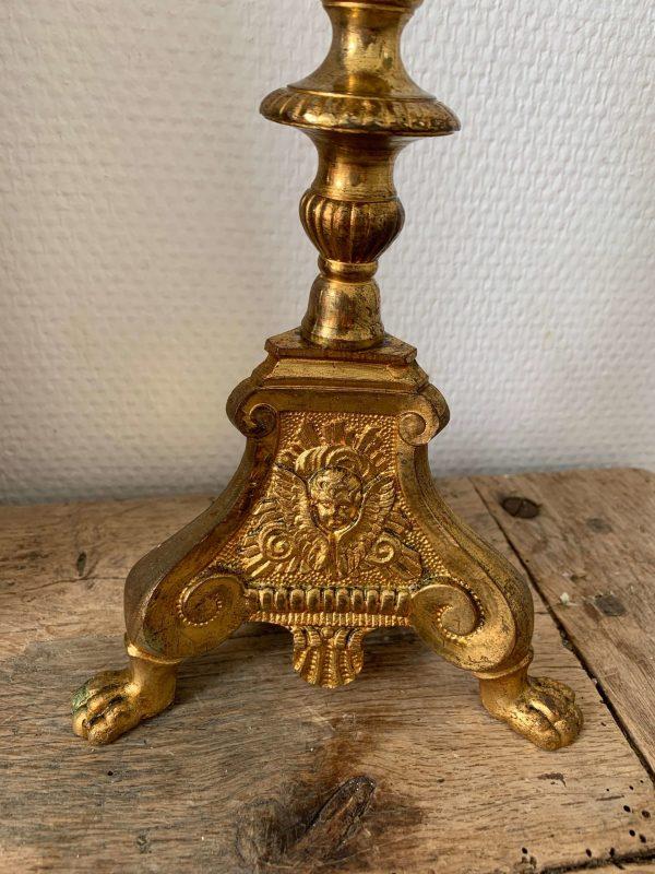 ancien bougeoir d'église en laiton décor d'anges