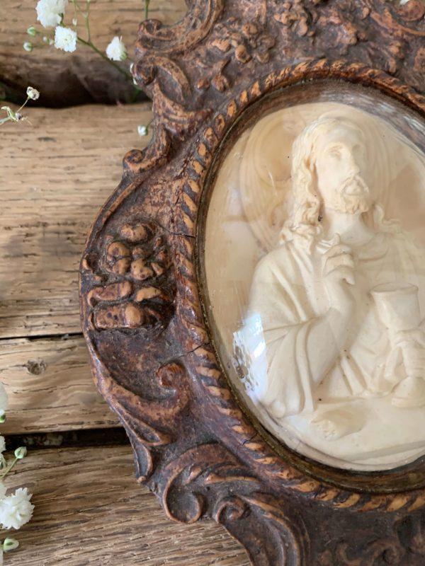 ancien bénitier platre pétrifié jesus xixeme