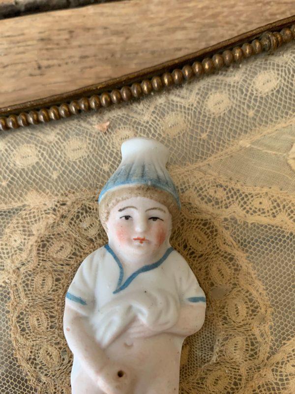 ancien pisseux en biscuit polychrome objet insolite erotique vers 1900